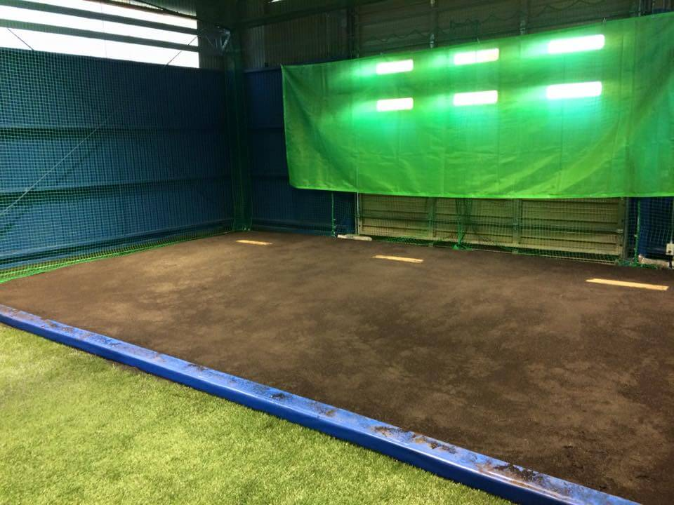 野球 室内練習場