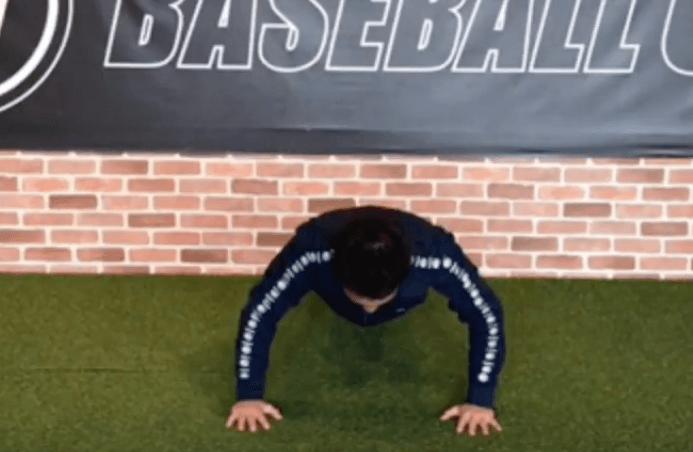 肩甲骨 トレーニング